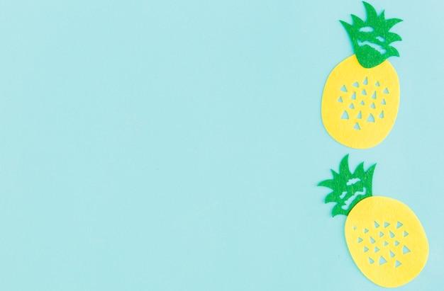Teken van ananas op lichte achtergrond