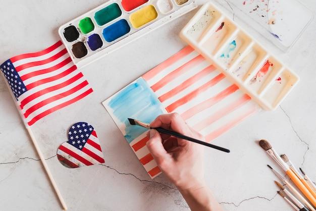 Tekening van de amerikaanse vlag door aquarellen