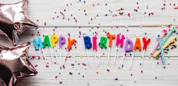 Tekst happy birthday door kaarsbrieven