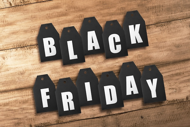 Tekst van black friday van zwarte verkoopmarkeringen