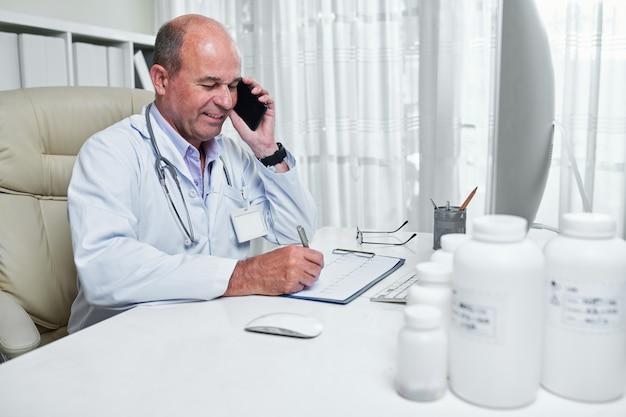 Telefonisch overleg met cardioloog