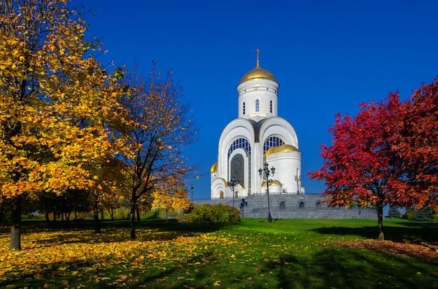 Tempel van de heilige grote martelaar george de overwinnaar