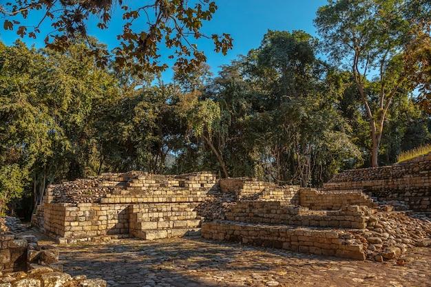 Tempels van copan ruins in een slechte staat