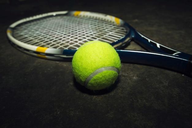 Tennis en tennisbalachtergronden.