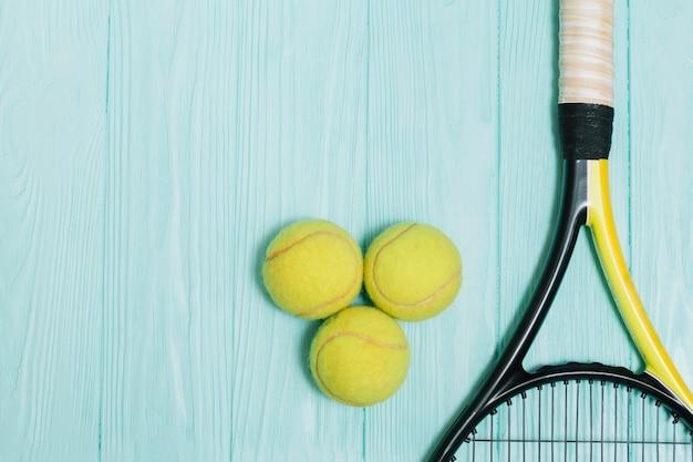 Tennisuitrusting om te spelen
