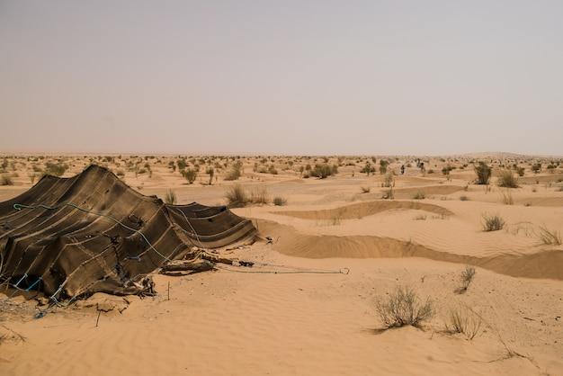 Tent in de sahara woestijn