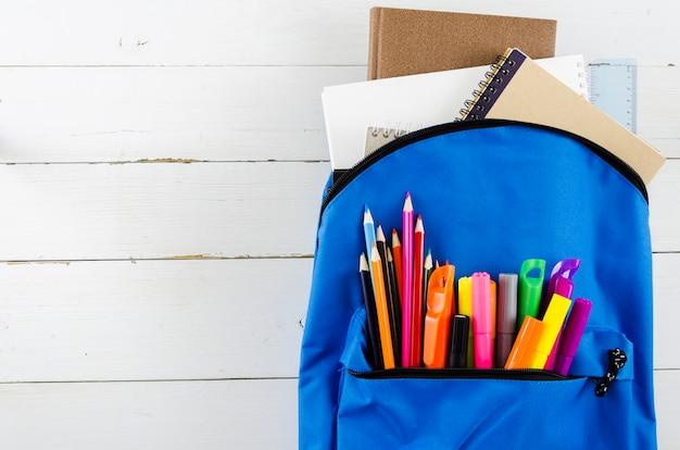 Terug naar school met schooltas
