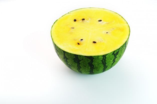 Textuur van de sappige pulp van gele watermeloen