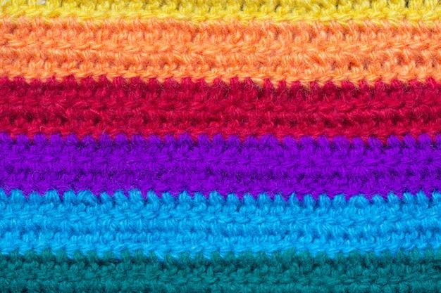 Textuur van het doek is gebreid van veelkleurig garen.