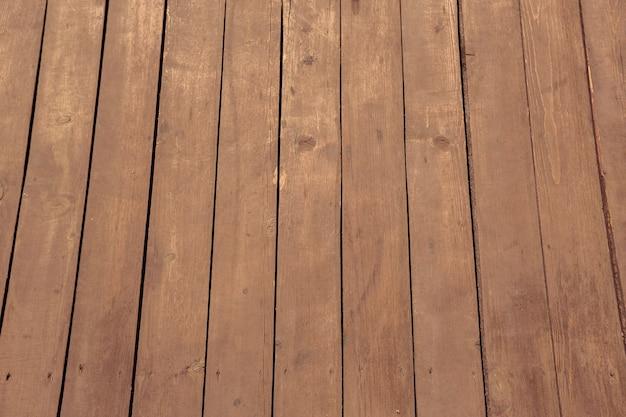 Textuur van houten planken. witte strandslippers.