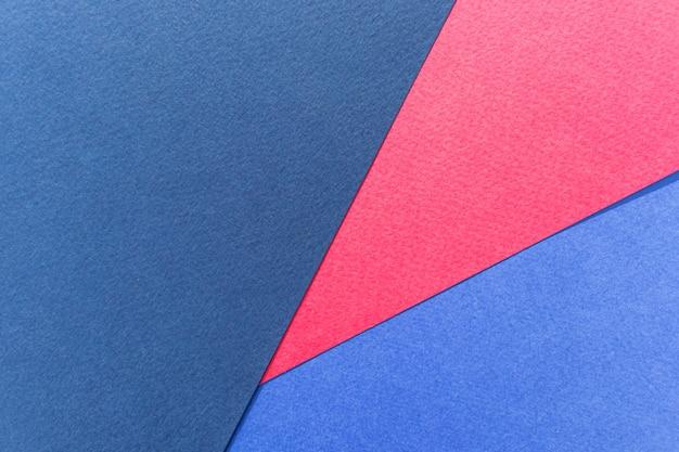 Textuurpapier pastelblauw, paars en bordeauxrood.