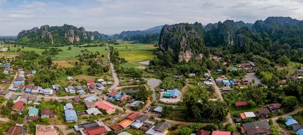 Thailand reizen berg van drone