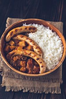 Thaise rode curry met worstjes