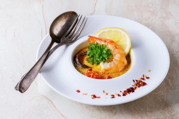 Thaise soep tom yam