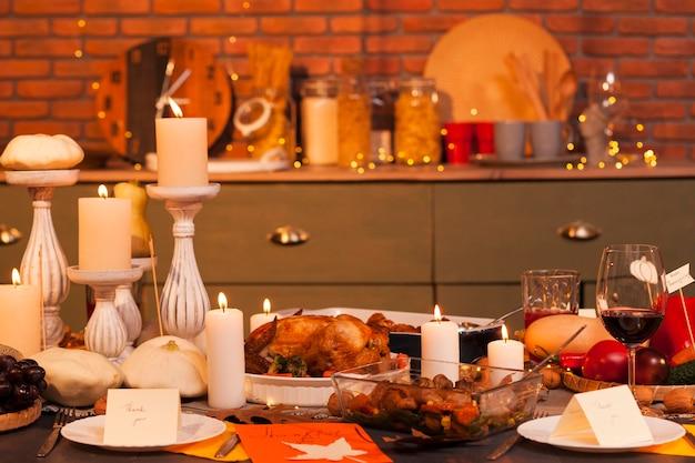 Thanksgiving arrangement warme tinten