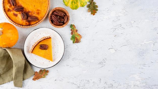 Thanksgiving-dagmaaltijdarrangement met kopieerruimte