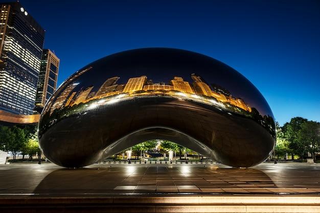The bean in de ochtend, chicago