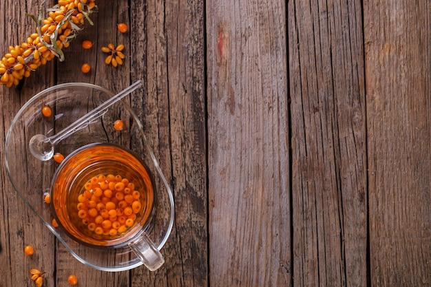 Thee met duindoorn en honing
