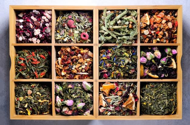 Thee soorten: groen, zwart, bloemen, kruiden, munt, melissa, gember, appel, roos, lindeboom, fruit, sinaasappel, hibiscus, framboos, korenbloem, cranberry