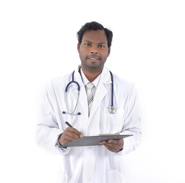 Therapeut door ondertekening van de kaart van de patiënt