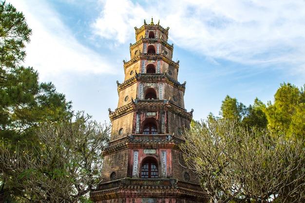 Thien mu-pagode in hue, vietnam