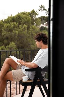 Thuis leven met lezen voor jongvolwassenen