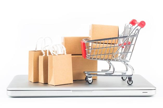 Thuis online winkelen conceptonline shopping is een vorm van elektronische handel waarmee consumenten via internet rechtstreeks goederen van een verkoper kunnen kopen