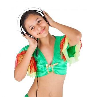 Tiener meisje dansen met een koptelefoon