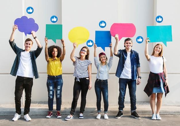 Tieners houden tekstvakken