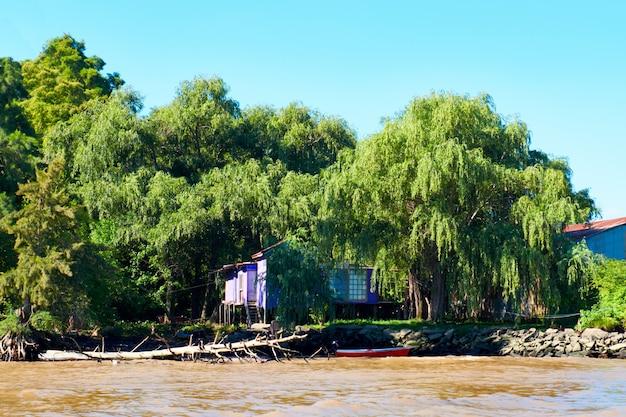 Tigra-delta in argentinië, riviersysteem van de parana delta north vanuit de hoofdstad buenos aires.
