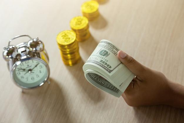 Tijd is geld. tijd om uw bedrijf te laten groeien