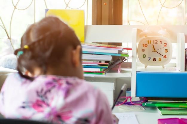 Tijd om te leren en huiswerk te maken.