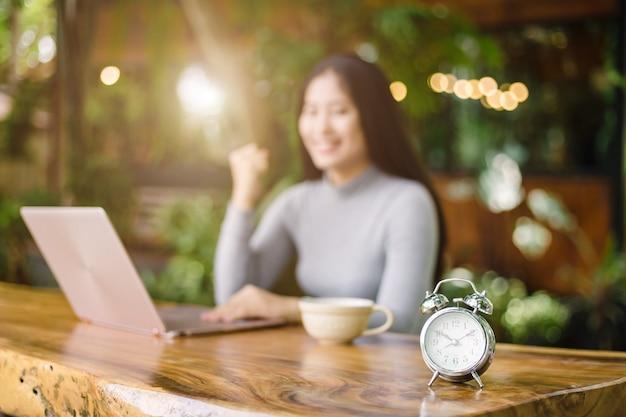Tijd om te werken van freelance
