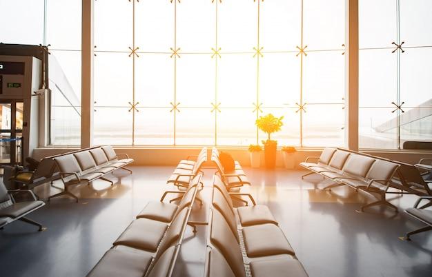 Toeristische luchthaven vertrek vakantiegebouw