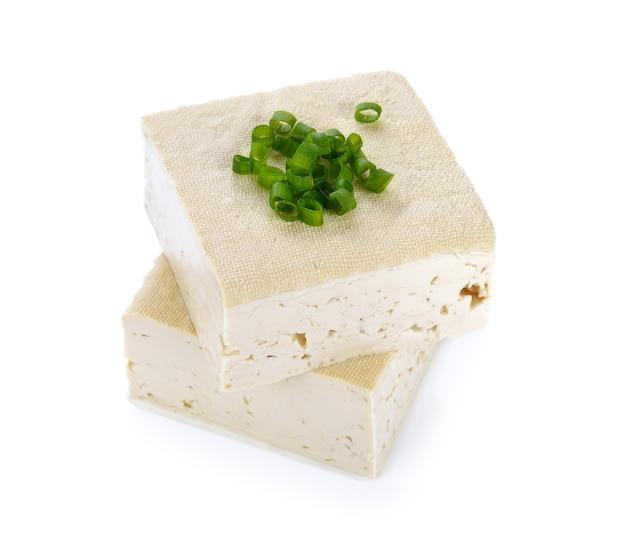Tofu kaas op witte ruimte