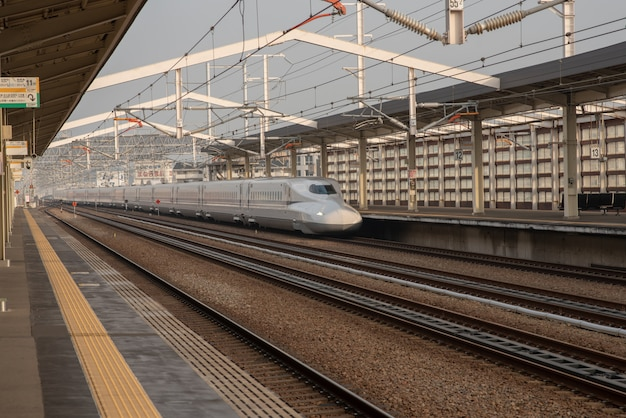 Tokyo / japan 02 februari 2019 shinkansen bullet train-netwerk