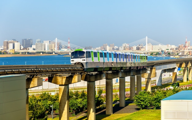 Tokyo monorail-lijn op haneda international airport - japan
