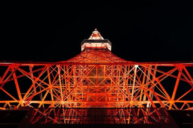 Tokyo tower bij nacht