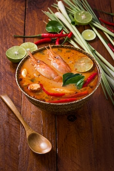 Tom yum goong, thais traditioneel voedsel