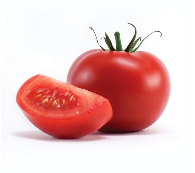 Tomaat geïsoleerd op wit