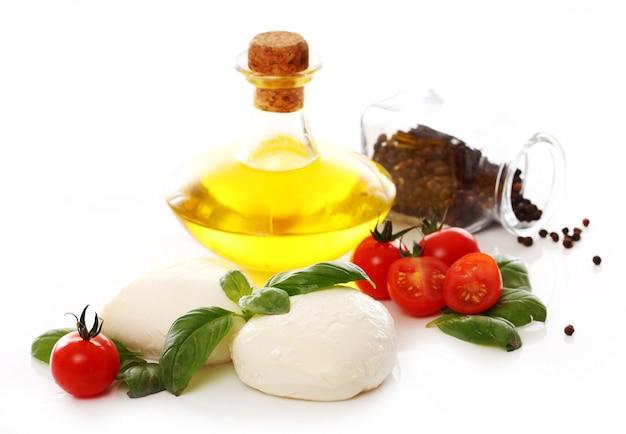 Tomaten, basilicum en mozzarella