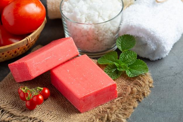 Tomatenzeep lichaamshuidverzorging