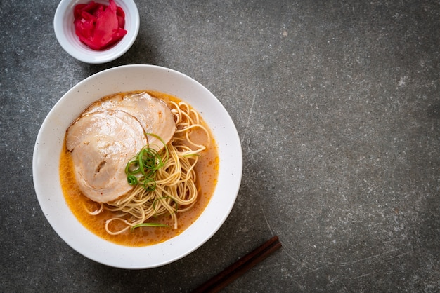 Tonkotsu ramen-noedels met chaashu-varkensvlees