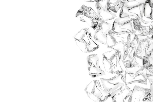 Top shot ijsblokjes op wit met ruimte uitknippad
