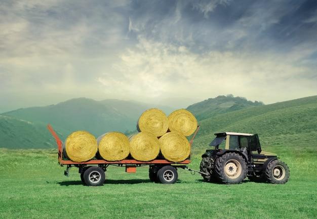 Tractor op het platteland