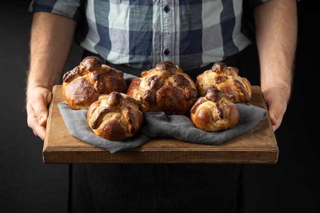 Traditioneel pan de muerto arrangement