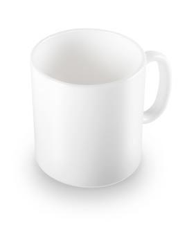 Traditionele ceramische kop met bezinningen die op witte achtergrond worden geïsoleerd.