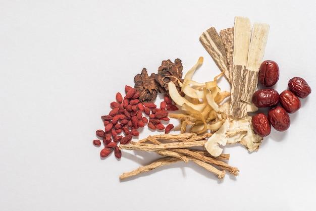 Traditionele chinese kruiden gebruikt in alternatieve kruidengeneeskunde