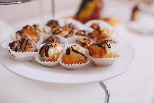 Traditionele dessert met chocolade