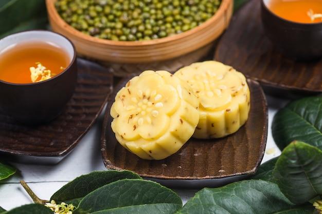 Traditionele gastronomische osmanthus-cake, chinees gebakje